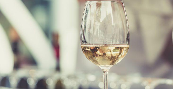 Sådan laves hvidvin