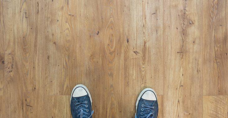 Frisk gulvet op med en grundig og professionel gulvslibning