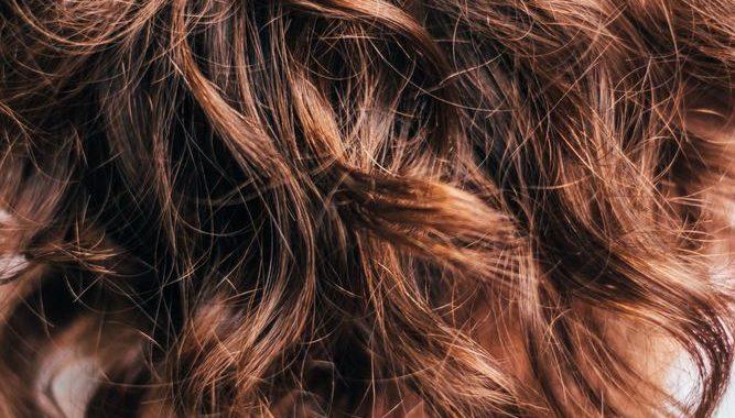 Få det optimale ud af dit hår med de rette hårprodukter